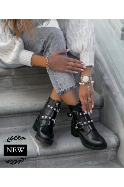 Women's Black Boots With Gems