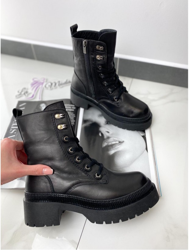 Women's Leather Show Black Boots